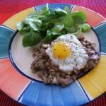 linsensalat-w800 (Berglinsen-Salat mit Wachtel-Spiegelei)