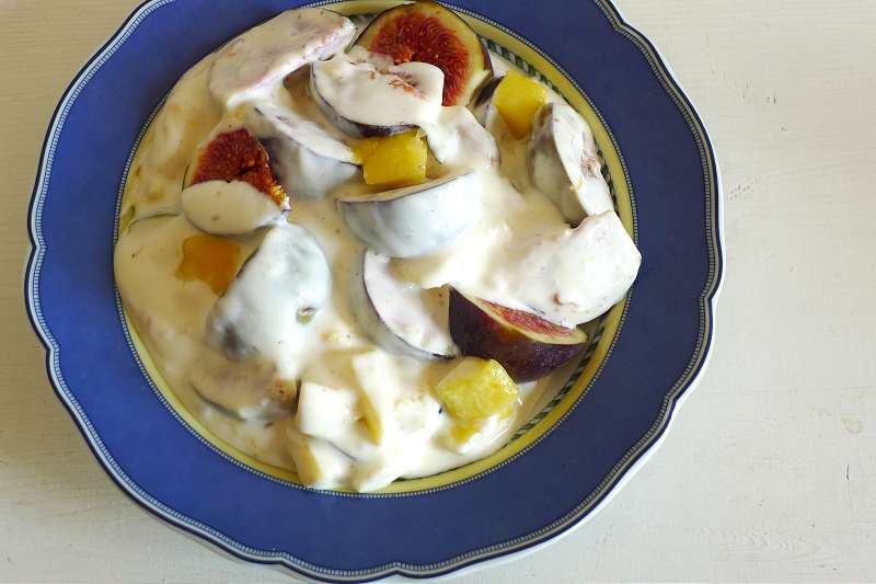 Feigen-Mangoquark mit Tonkabohne