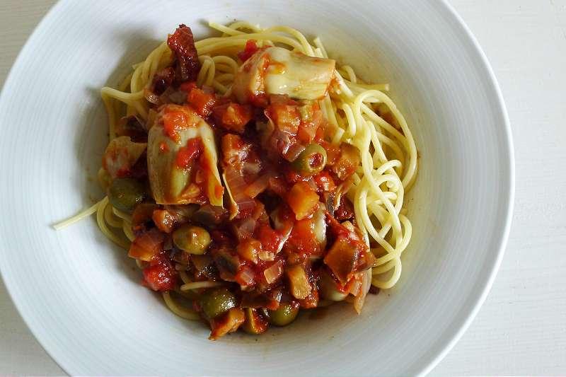 Spaghetti mit Artischockenherzen und Auberginen_ji-W800