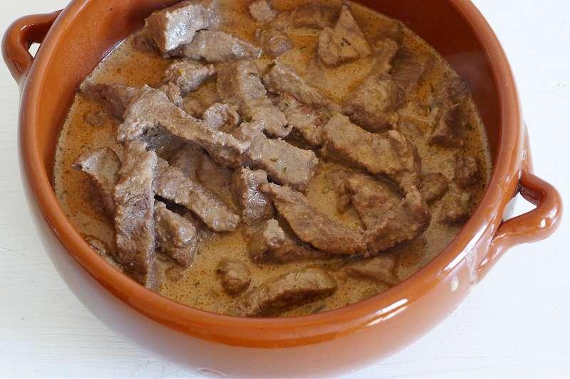 Rindergeschnetzeltes mit Balsamico-Chilisauce_ji-W800