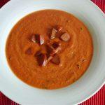 Kalte Tomatensuppe mit Knoblauchwurst_ji-W800 (Kalte Tomatensuppe mit Knoblauchwurst)